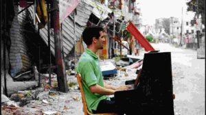 """Aeham Ahmad: Klavierkonzert und Lesung aus dem Buch """"Taxi nach Damaskus"""""""